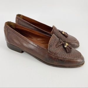 Vintage Gucci brown leather loafers with tassel